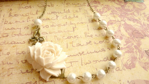 Bridesmaids necklace ivory white pearls vintage flower cream cabbage rose
