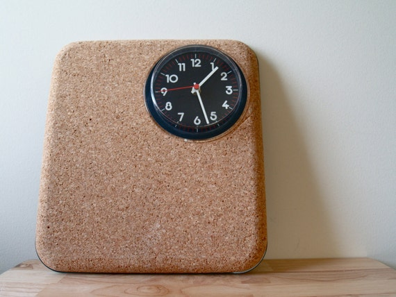 Retro Clock with Bulletin Board