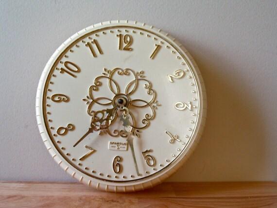 Vintage Regency Wall Clock