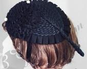 Fashionable headpiece with decorative hydrangea brooch