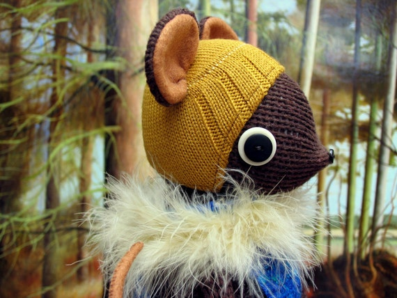 SALE  -  Brown Woollen Mouse - Handmade plush sculpture - brown woollen body with felt ears and tail - wearing tunic,hat and woollen boots.