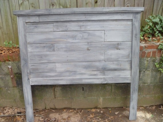 Pallet  Farmhouse style headboards -Full size