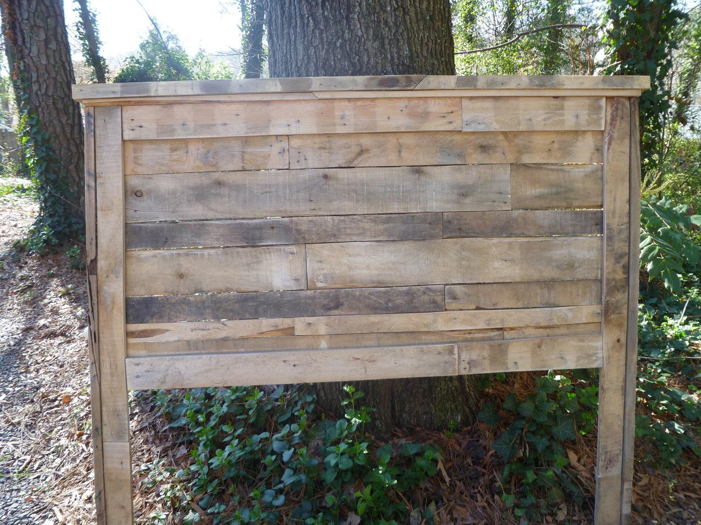 Pallet full size headboard for Queen size pallet headboard plans