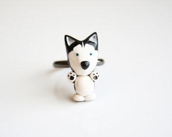 Mika the Siberian Husky ring