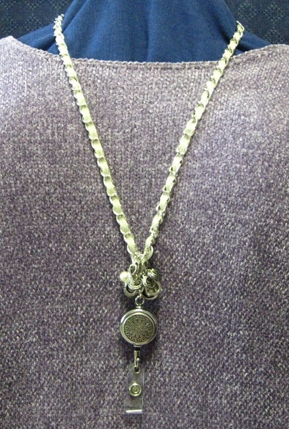 Necklace Lanyard with retractable reel & magnetic clasp