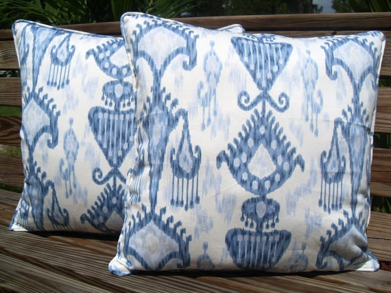 CLOSEOUT SALE  - Set (2) blue/white ikat pattern & fabric both sides with piping/welting, 20x20