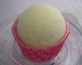 Lemon Coconut Bath Bomb