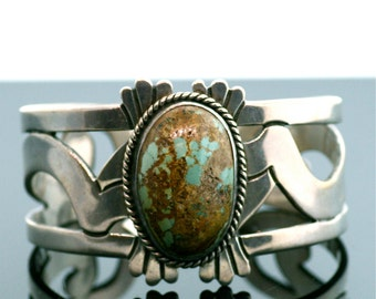Beautiful Vintage Sterling Silver and Turquoise Cuff Bracelet