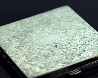 Antique Compact - Antique Sterling Silver Engraved Compact