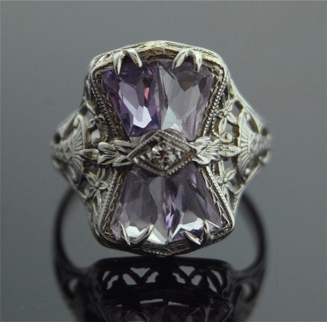 Antique Ring 14k White Gold Filigree Ring With Amethyst