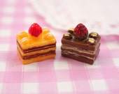 6 x Cute Chocolate & Banana Cake Slices Resin Flat Back Cabochons Beads, Decoden kawaii kitsch - 15 x 10 x 16mm