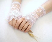 Dusty Rose  Lace Gloves, Bridal accessory, Fingerless Gloves, Dusty rose