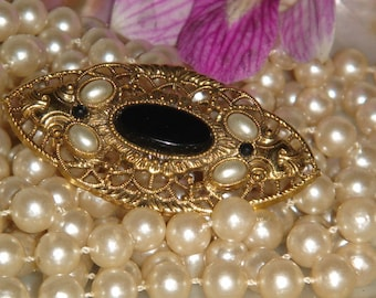 Vintage Filligree Brooch, Faux Pearls, black beads, Antique Gold Tone