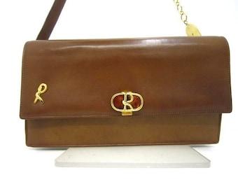 70's vintage Roberta di Camerino brown genuine leather purse with R cham chains. A rare masterpiece