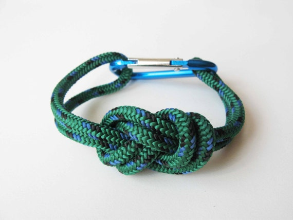 Chunky Bracelet - Figure 8 knot with Carabiner - Green and Blue