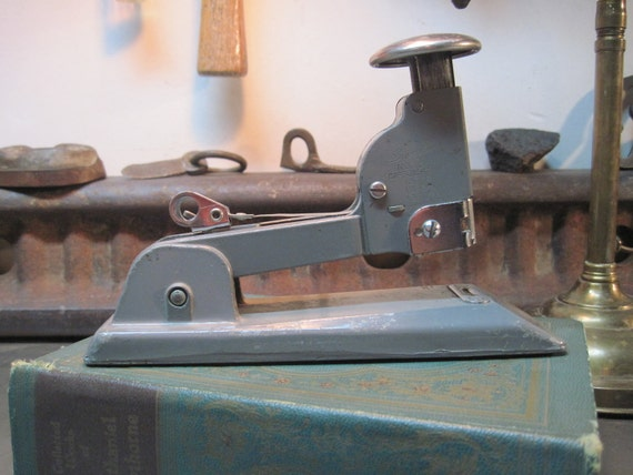 Vintage Industrial Swingline Speed Stapler 13