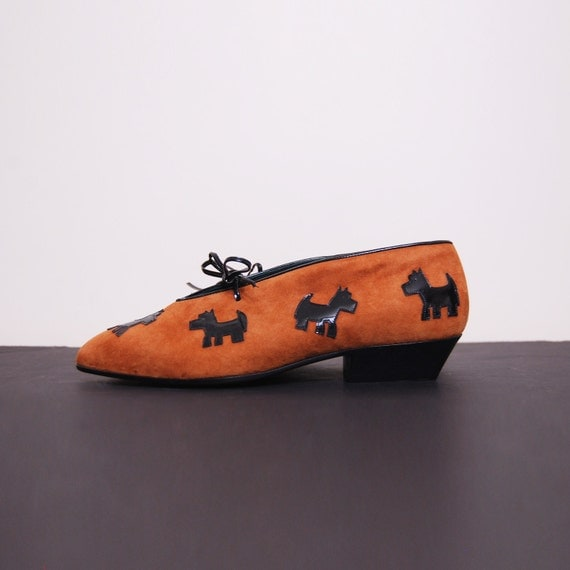 RESERVED/ 1980s dog print suede shoes. Vintage 80s brown leather lace up heels 37 6 1/2.