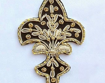 4 Hand-Embroidered Appliques. Fleur De Lis. Black with Gold Bullion