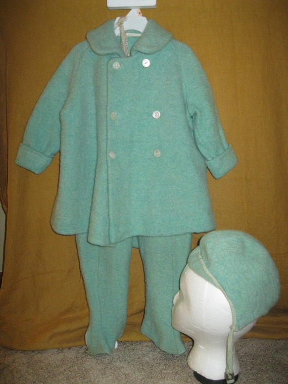 RESERVED Vtg 3piece 1930s child's snowsuit/ coat, snowpants, and hat, unisex/ WOOLY DOWN/ mint green/ buttons both ways.