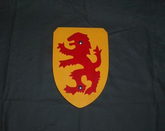 Buckler Shield in Yellow with Red Rampant Lion