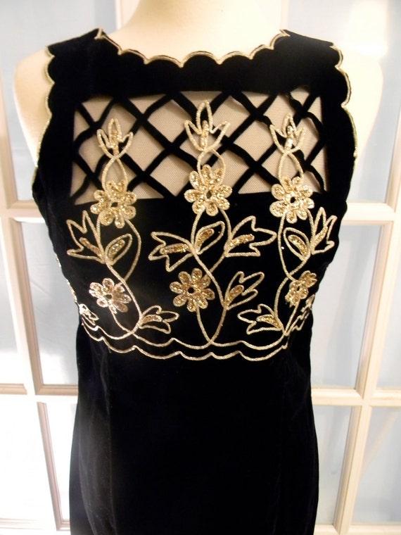 SALE Black Velvet and Gold Scott McClintock Evening Gown Cocktail Party Dress