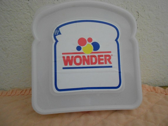Real Cool 1960s Wonder Bread Sandwitch Box.