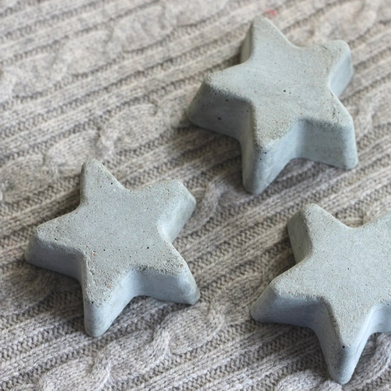 concrete star home decor // set of three stars // grey star decoration // beach decor // cement decor // star vase filler //star home accent