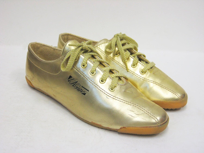 vintage la gear gold tennis shoes size 9