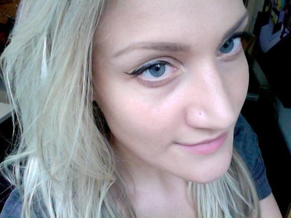 BARELY THERE DISCREET nose ring xx