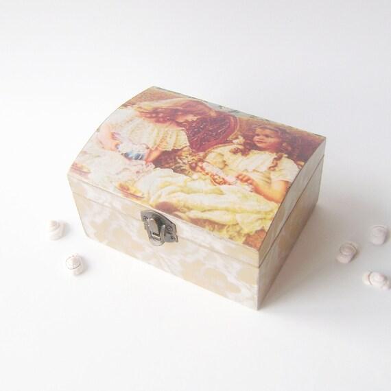 "Decoupage Wooden Jewelry Box   ""Girls"""