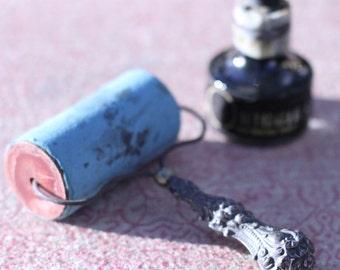VIntage ink roller / brayer and Higgins American India ink
