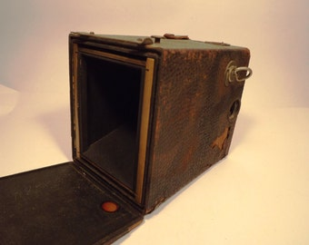 Vintage 1800's camera wooden box