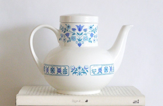 MIDWINTER 'Columbine' ceramic tea pot / coffee pot