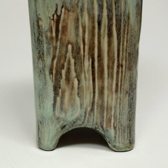 Porcelain Wood Grain Vase