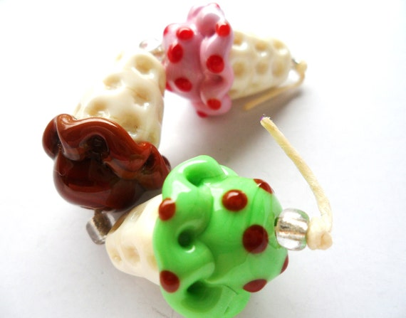 Set of 3 Handmade Lampwork Ice Cream Cone Glass Beads - Destash - Strawberry - Chocolate - Mint Chocolate Chip Spring Colors