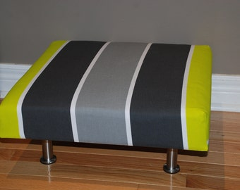"""18""""x18"""" Upholstered Pet Bed / Cat Bed / Small Dog Bed /// Pet Lounger"""