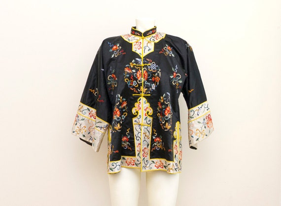 Vintage Chinese Embroidered Tangzhuang Kimono Top Shirt