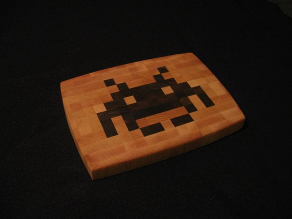 Space Invader - End-Grain Cutting Board / Cheese Board