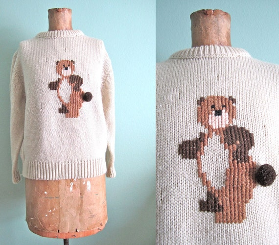 vintage novelty print/ animal pattern sweater/ 80s bear sweater 1980s S