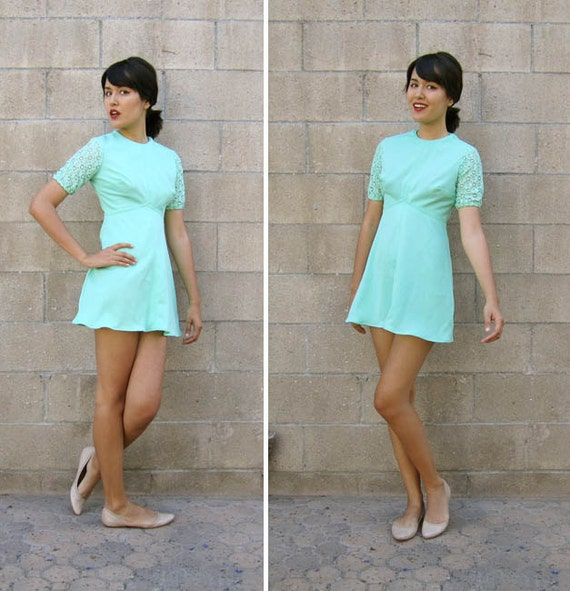 1960s dress/ mint green mini dress/ 60s lace mini dress XS