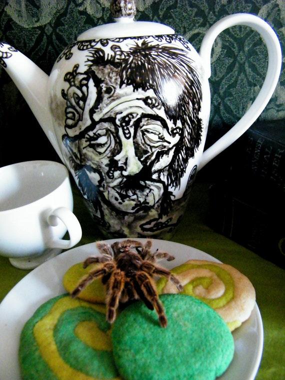 Femaie Zombie Horror Teapot