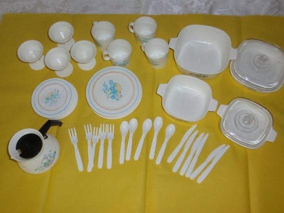 Service (4)1960s Plastic Corning Ware Look Play Dish Set Tea Kettle Casseroles