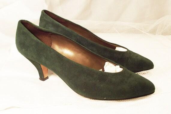 Green Suede Talbots Heels Size 8 M