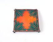 Vintage trivet tray tile orange green tangerine tango Imola Italian 60s 70s floral flower spring summer wrought-iron houseware kitchenware