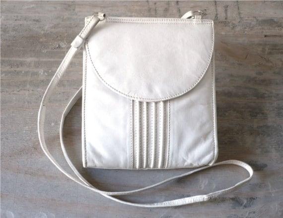 Vintage white party bag leather satchel fashion accessories long shoulder strap 70s cross shoulder