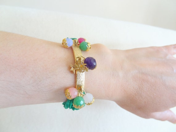Emerald Green raw silk, gold-plated. Natural stone bracelet