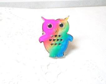 Owl ring- Pink green blue Yellow Bird Ring Vintage Style