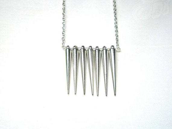 Silver tone Spears Spikes Arrow  Necklace Gift For Her Under 20 Free Shipping Worldwide