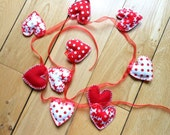 Bunting Heart Shaped Red White Matching & Contrasting