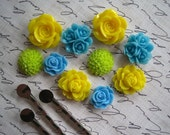 Resin Cabochon Flower Kit with Bobby Pins / 10 pcs Resin Dahlia Mum Rose Cabochon Kit